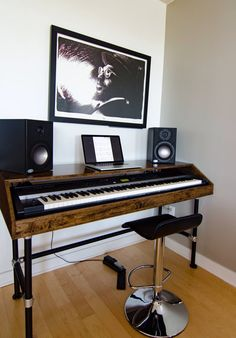 Cherry Wood Piano Stand Studio Work Station With Pipe Key Keyboard Desk Custom 88 Workstation Piano Table, Piano Desk, Piano Room, Home Studio Musik, Music Studio Room, Piano Digital, Home Music Rooms, Rehearsal Room, Diy Furniture