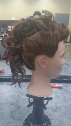 Curls / Mohawk