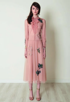 Red Valentino Pre-Fall 2017 Collection Photos - Vogue