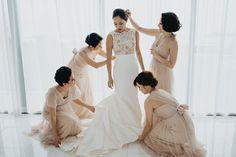 紅色主題配現代感佈置的海外婚禮 | https://brideandbreakfast.hk/zh-hant/2017/05/15/destination-wedding-with-modern-interiors-and-red-color-accents/