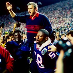 Bill Parcells - Born Duane Charles Parcells, led the Giants to Super Bowls XXI and XXV victories and NFL Coach of the Year 1986, 1994 was born 08/22/1941 in Englewood, New Jersey.