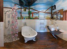 #Stoccarda - V8 #Hotel: un intero albergo in tema #auto e #motori. Tutto l'arredo è a tema automobilistico, #bagni inclusi.