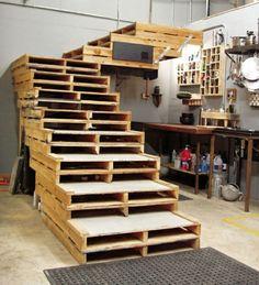Europaletten recyceln – DIY Möbel aus Holzpaletten - holzpaletten recyceln garten möbel treppe