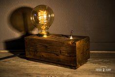 Wood block lamp ROUGH WALNUT van Vintage2Classy op Etsy