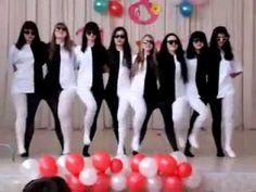 Optical illusion dance.
