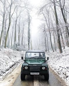 """2,067 Likes, 5 Comments - @landroverphotoalbum on Instagram: """"The Defender 90 By @tomhass1 #landrover #Defender90 #landroverdefender #landroverphotoalbum #4x4…"""" Defender 90, Landrover Defender, 4x4, Vehicles, English Countryside, Land Rovers, Wonderful Life, Range Rover, Super Cars"""