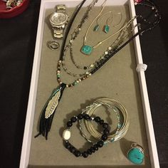 Loved the #turquoise in my #aotd with the #SilpadaStyle True Colors necklace (turquoise side) and the Birds of a Feather necklace with my favorite retired ring and the awesome black stretch bracelet that is 50% off right now #deals #linkinbio #whatiwore #jewelry #jewels #jewel #fashion #gems #gem #gemstone #bling #stones #stone #trendy #accessories #love #crystals #beautiful #ootd #style #fashionista #accessory #instajewelry #stylish #cute #jewelrygram #fashionjewelry