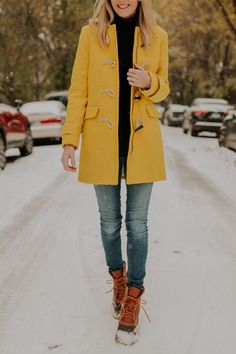 Yellow toggle coat just in time for Chicago's first snow! How to wear this bright yellow winter coat and snow boots for the snow season #winter #style #wintercoat