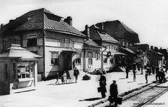 Elisenvaaran asemarakennus. Tuhoutui osittain 1939 pommituksissa. Lopullinen tuho tuli palopommin muodossa 1940. - Kurkijoki