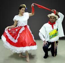 Una recorrida por el mundo y las vestimentas que identifican cada pueblo