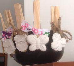 mollette decorate ( per chiudere le buste di pasta, farina, biscotti!)