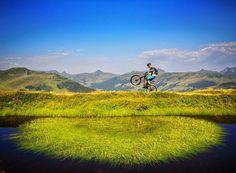 Čirá radost @mikebikestore #saalbach #hinterglemm #enduromtb #endurospecific #mtb #lapierre #austria #mountain #mountains #nature #lovenature #free #from #ostrava #ostravacity #janjasiok