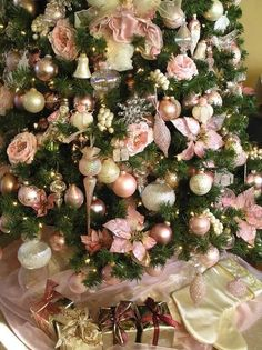 Pink & white Christmas tree