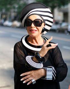 Lynn Dell, A 78-Year-Old Fashionista .... gorgeous!!  I want her swag.  She's hermosa, elegante e inteligente.  #LynnDell #age