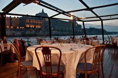 Marina De Paris Seine River Dinner Cruise - Pictures of the Best Dinner Ideas Paris Seine, Paris Tourist Attractions, Seine River Cruise, Dinner In Paris, 3 Course Meals, Paris Landmarks, Cruise Pictures, Cruise Reviews, Paris City