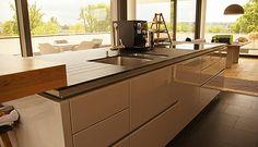 Küche geplant und umgesetzt von PLANA Küchenland in Augsburg.