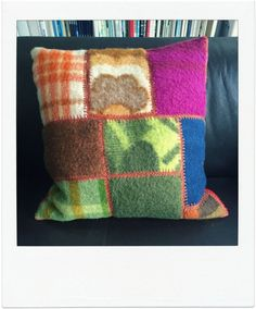 handgemaakte kussen van vintage wollen dekens door ZusjevanSaar