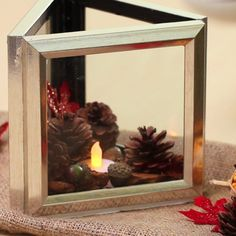 Picture Frame Terrarium diy garden decor dollar stores Turn Dollar Store Frames Into Affordably Chic Terrariums Cute Crafts, Diy And Crafts, Arts And Crafts, Quick Crafts, Bead Crafts, Fall Crafts, Paper Crafts, Dollar Tree Crafts, Diy Décoration