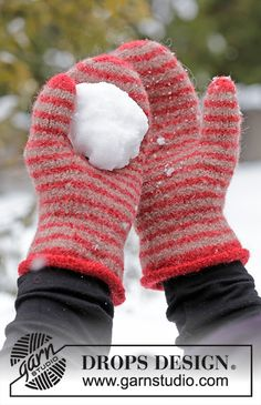 Knitted and felted mittens with stripes in DROPS Lima. Knitted Mittens Pattern, Knitted Hats Kids, Knit Mittens, Knitting Patterns Free, Free Knitting, Drops Design, Drops Lima, Snowball Fight, Cast Off