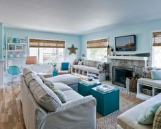 12 Small Coastal Living Room Decor Ideas with Great Style - Coastal Decor Ideas and Interior Design Inspiration Images Cottage Style Living Room, Style Cottage, Beach Living Room, Casual Living Rooms, Living Room Colors, Home Living Room, Living Room Designs, Coastal Living, Coastal Decor