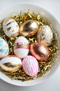 These colourful gold eggs are almost too pretty to eat! {via Style and Cheek} #EasterEggs