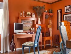 All-Out Orange Guest Bedroom : Brian Patrick Flynn : Home Offices : Pro Galleries : HGTV Remodels- very quirky! Tutorial Paint, Contemporary Home Offices, Orange Office, Shabby Chic Office, Orange House, Home Office Space, Office Walls, Portfolio Design, Hgtv
