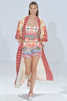 Temperley London Spring 2015 Ready-to-Wear Fashion Show Collection