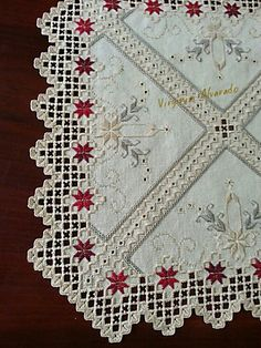 A beautiful drawn thread hardanger piece Types Of Embroidery, Embroidery Patterns Free, Embroidery Designs, Doily Patterns, Dress Patterns, Hardanger Embroidery, Cross Stitch Embroidery, Hand Embroidery, Drawn Thread