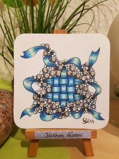 Zentangle von Kathrin Güssow Tangle Doodle, Tangle Art, Doodle Art, Pen Doodles, Crafty Fox, Tinta China, Doodle Inspiration, Doodle Designs, Zen Art