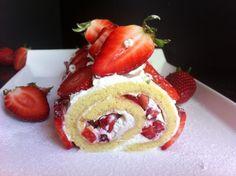 Roulé aux fraises et chantilly mascarpone