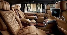 2018 Range Rover SVAutobiography Range Rover has introduced a massive upgrade to its line-topping Range Rover SVAutobiography, taking it from luxurious to a level not unlike fellow British manufacturers… My Dream Car, Dream Cars, Range Rover 2018, Toyota Rav4 Hybrid, Suv Comparison, Small Suv, Rover Discovery, Luxury Suv, Cars Motorcycles