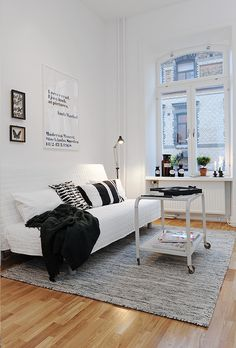 my scandinavian home: A Swedish apartment in monochrome - RUG
