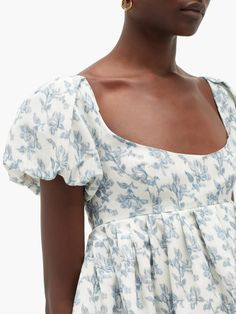 Buy Dress, Dress Up, Skirt Outfits, Casual Outfits, Floral Tops, Floral Prints, Glamour, Dress Collection, New Fashion