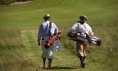 So wurde damals gespielt und es gibt immer noch Golfer, die so mit Hingabe spielen!