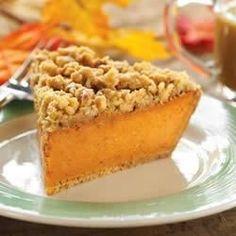 Maple Walnut Pumpkin Pie Recipe - Yes! Graham cracker crust and cinnamon-walnut crumble - 5 star rating! Perfect Pumpkin Pie, Best Pumpkin Pie, Pumpkin Pie Recipes, Pumpkin Pies, Pumpkin Foods, Frozen Pumpkin, Pumpkin Dessert, Canned Pumpkin, Great Desserts