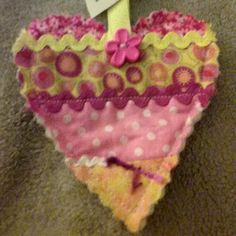 Found a quilted heart at Scottsdale Fashion Square — at Desert Sands Apartments. #ifaqh #ifoundaquiltedheart