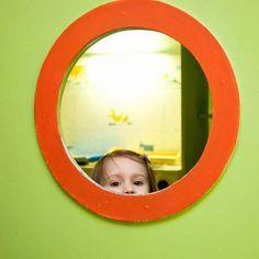 Woran erkennt man eine gute Kinder-Krippe? Gerade bei Kindern unter drei Jahren…