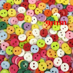 500 Pcs Random Mixed Acrylic Sewing Buttons Scrapbooking 9x2mm Knopf Bouton