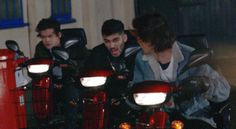 """And this smoldering look at Zayn. 
