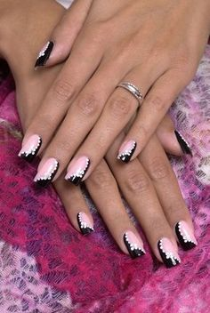 It doesn't matter how attractive your nail art is if everyone is looking at your coarse cuticles. It is essential to have healthy nails. Beautiful nails always attract attention and nail art titi Fancy Nails, Diy Nails, Cute Nails, Pretty Nails, Sparkle Nails, Fabulous Nails, Gorgeous Nails, New Nail Art, Nagel Gel