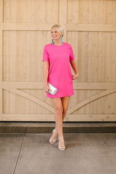 hot pink dress + turquoise earrings