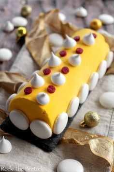 buche-citron-framboise71 Christmas Items, Christmas Desserts, Christmas Cookies, Cake & Co, 20 Min, Something Sweet, Coco, Cake Recipes, Food And Drink