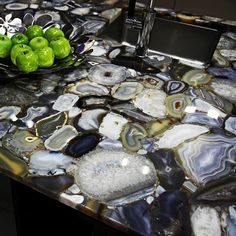 Agate backlit kitchen countertop
