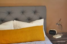 I keep posting these hoping I will get one someday. Diy Tufted Headboard, Queen Size Headboard, Master Bedroom Redo, Bedroom Decor, Home Decor Items, Diy Home Decor, Diy Furniture Plans, Diy Home Crafts, House Design