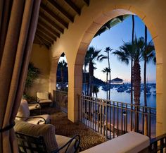 One Of Avalon S Best Loved Hotels Hotel Vista Del Mar Is Recognized As Catalina Island Finest Luxury On The Beach