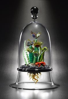 Glass Venus Flytraps by Furnace and Flame (Joe Peters and Peter Muller)