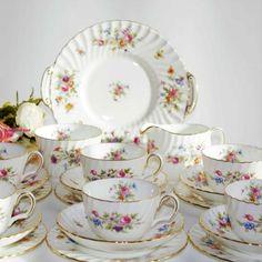 MINTON MARLOW TEA SET Tea Sets Vintage, Vintage Tableware, Marlow, Milk Jug, Cake Plates, Flute, Bone China, Tablescapes, Tea Cups