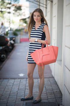 Pin for Later: 40 fabelhafte Outfits für den Rest des Sommers Sommer Street Style Ein nautischer Look mit der richtigen Brise Farbe.
