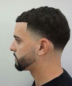 Low Taper Fade Haircut, Temp Fade Haircut, Short Fade Haircut, Bald Taper Fade, Mens Haircuts Short Hair, Black Men Haircuts, Haircut Men, Military Haircuts, Haircut 2017