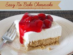 Easy No Bake Cheesecake --'cause i'm a cheesecake lover and I will do this any time soon!